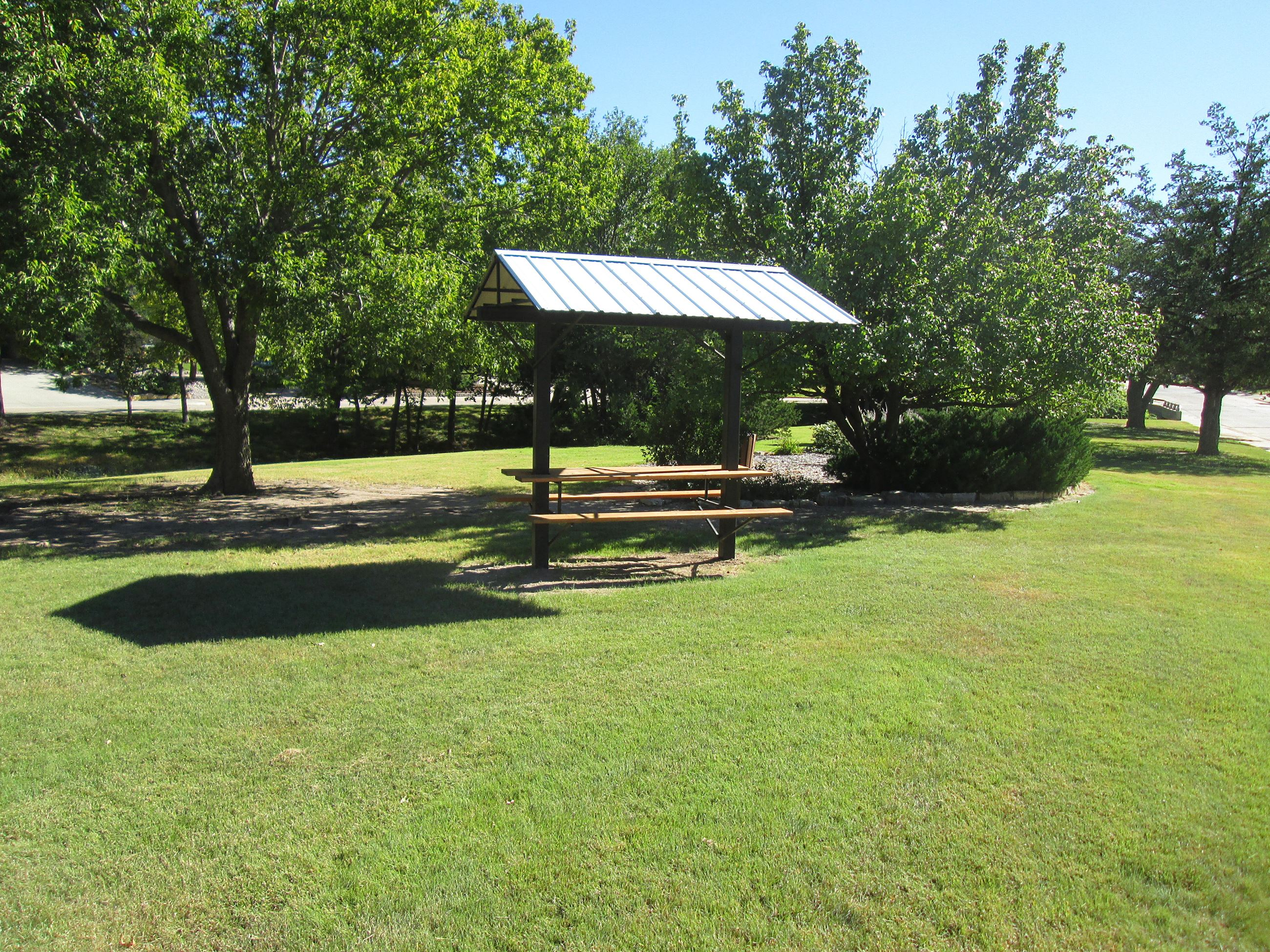 Whisnant covered picnic table